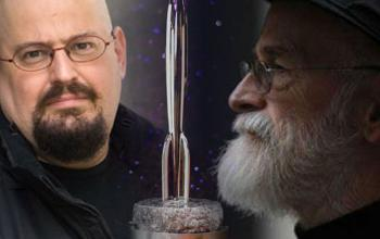 Charles Stross: date l'Hugo a Terry Pratchett