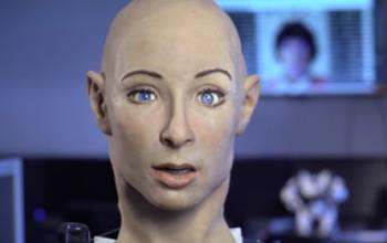 Face, il robot (italiano) che si emoziona
