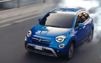 Ritorno al futuro in uno spot per la Fiat 500 (e c'è anche Christopher Lloyd)