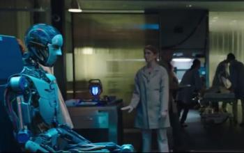 Replicas, arriva il nuovo trailer della famiglia ricostruita di Keanu Reeves