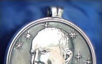 Clarke vince il premio Heinlein