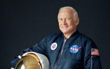 Buzz Aldrin: l'America sta sbagliando sullo spazio