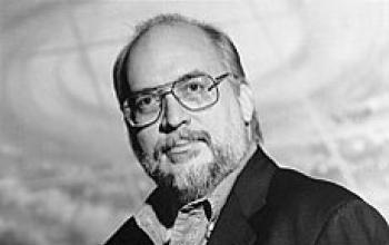 Straczynski: ritorno a Babylon 5 e altri progetti