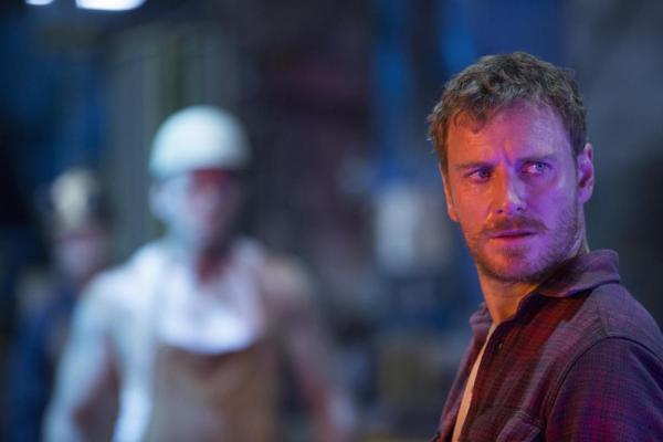 Michael Fassbender è Magneto in X-Men: Apocalisse