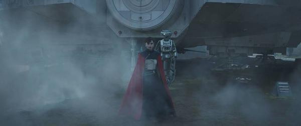 Emilia Clarke in una scena del secondo teaser