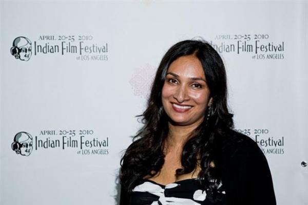 La regista Leena Pendharkar
