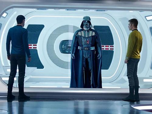 Fantascienza.com, il meglio della settimana avanti Star Trek indietro Star Wars