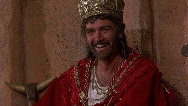 Sean Conner nel ruolo di Agamennone.