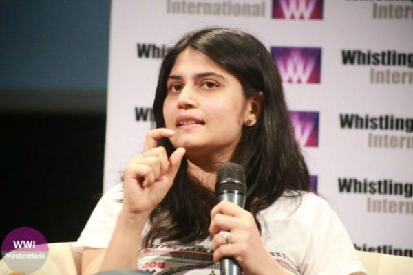 La regista Arati Kadav