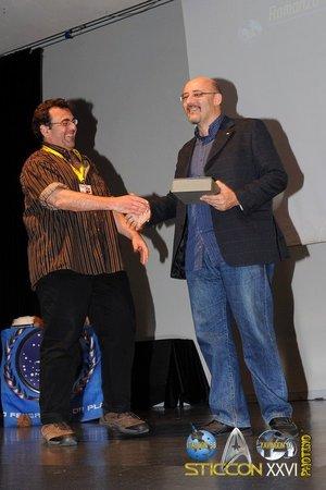 Paul Di Filippo premia Silvio Sosio per <i>Robot</i>