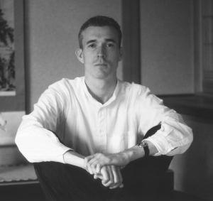 David Mitchell in una foto promozionale