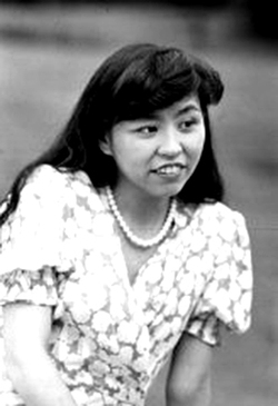 La scrittrice giapponese Reiko Hikawa.