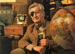 George Hall nel ruolo di un attempato Indiana Jones