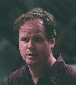 Joss Whedon, creatore della serie e regista e sceneggiatore del film