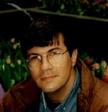 Lo scrittore brasiliano Gerson Lodi-Ribeiro
