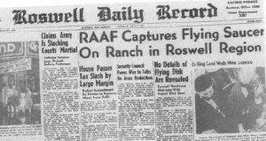 La prima pagina del Roswell Daily Record dell'8 luglio 1947 dedica ampio spazio alla cattura di un disco volante da parte della RAAF nella regione di Roswell.