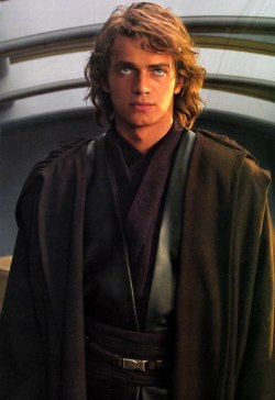 Anakin Skywalker (Hayden Christensen) come lo vedremo in Episodio III