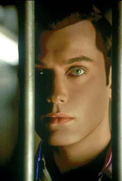 Nella foto: Jude Law androide gigolò in <i>A.I. Intelligenza Artificiale</i>
