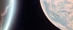 Il Feto Cosmico schiude i suoi occhi sul suo mondo: il futuro dell'Uomo Nuovo (da 2001: Odissea nello Spazio, di S. Kubrick)