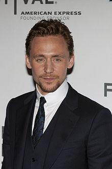 L'attore britannico Tom Hiddleston