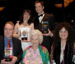 In alto a sinistra Catherine Asaro, vicino a Robin Wayne Bailey. Sotto Jim Frenkel, Betty Ballantine, Ellen Datlow