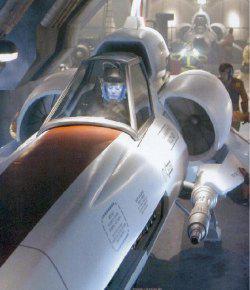 Anche nella nuova versione di <i>Galactica</i> ci sono i Viper che hanno il compito di pattugliare lo spazio circostante e garantire la sicurezza alla nave madre.