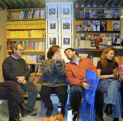 Uno degli incontri presso la libreria Sherlockiana