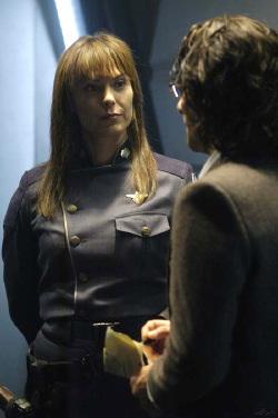 Michelle Forbes, l'Ammiraglio Cain, con Baltar