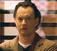 Tom Hanks nella parte di Robert Langdon
