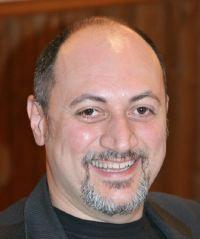 Franco Forte, direttore editoriale di Delos Books, è il direttore responsabile della testata <i>Delos Network</i>