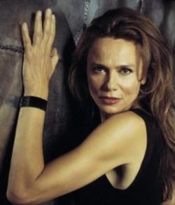 La temibile Irina Derevko (Lena Olin): nel finale, naturalmente, sarà una delle protagoniste