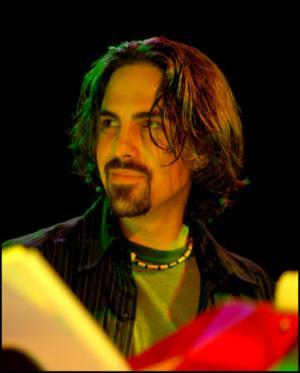 Il compositore Bear McCreary (fonte: sito ufficiale)