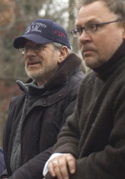 Steven Spielberg (a sinistra) con David Koepp