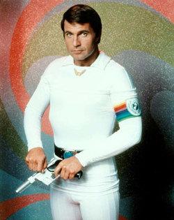 Gil Gerard nel ruolo di Buck Rogers.