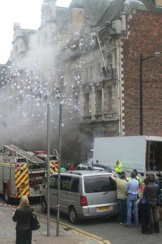 Esplosioni a Cardiff. Ma per fortuna sono finte