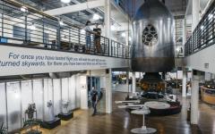 Jeff Bezos presenta ufficialmente Blue Origin