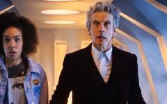 Doctor Who stagione dieci: un arco narrativo in tre parti e avversari mai visti prima