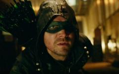Arrow: nella stagione sei il futuro si fa cupo per Oliver Queen
