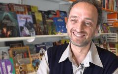 Èscomparso Federico Memola, autore di Jonathan Steele