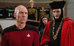 Star Trek: quattro serie in arrivo nel 2021 e ritorna Q, l'antagonista di Picard