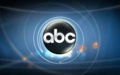 ABC prepara Weird Desk per la prossima estate
