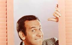 Addio al Super Agente 86, alias Don Adams