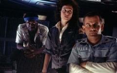 Ridley Scott parla di nuovo dei prequel di Alien