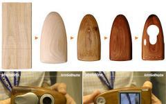 La fotocamera digitale in legno