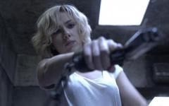 Lucy, superpoteri e supervendetta per Scarlett Johansson