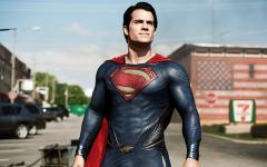 La bomba perfetta per uccidere i Kryptoniani? Un buco nero!