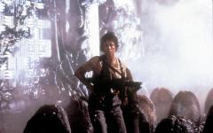 Neill Blomkamp: Il mio sequel di Alien ripartirà da Aliens