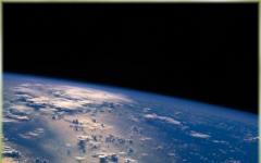 Vinci un viaggio nello spazio esterno