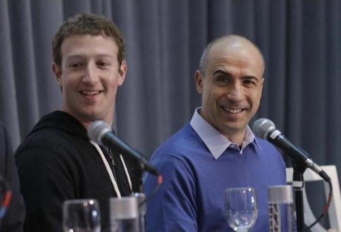 Yuri Milner eMark Zuckerberg