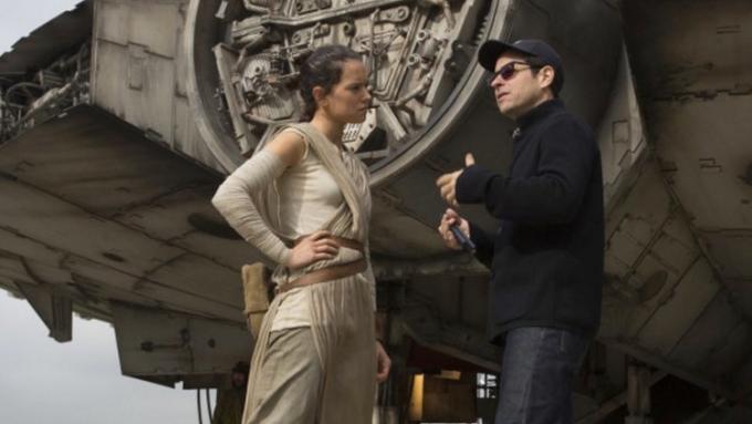 UFFICIALE – JJ Abrams sarà il regista di Star Wars Episodio IX!